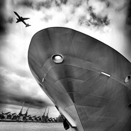 ship monochrome blackandwhite leicacamera london