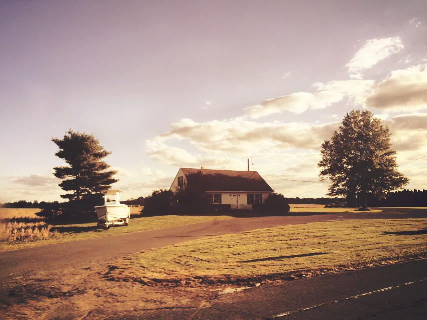 #sunny #dramaeffect #farmhouse #littlehouse #myview #scenicroute