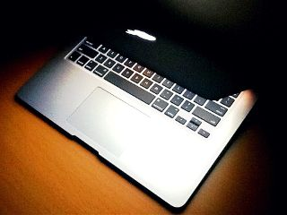 apple photography laptop mac macintosh