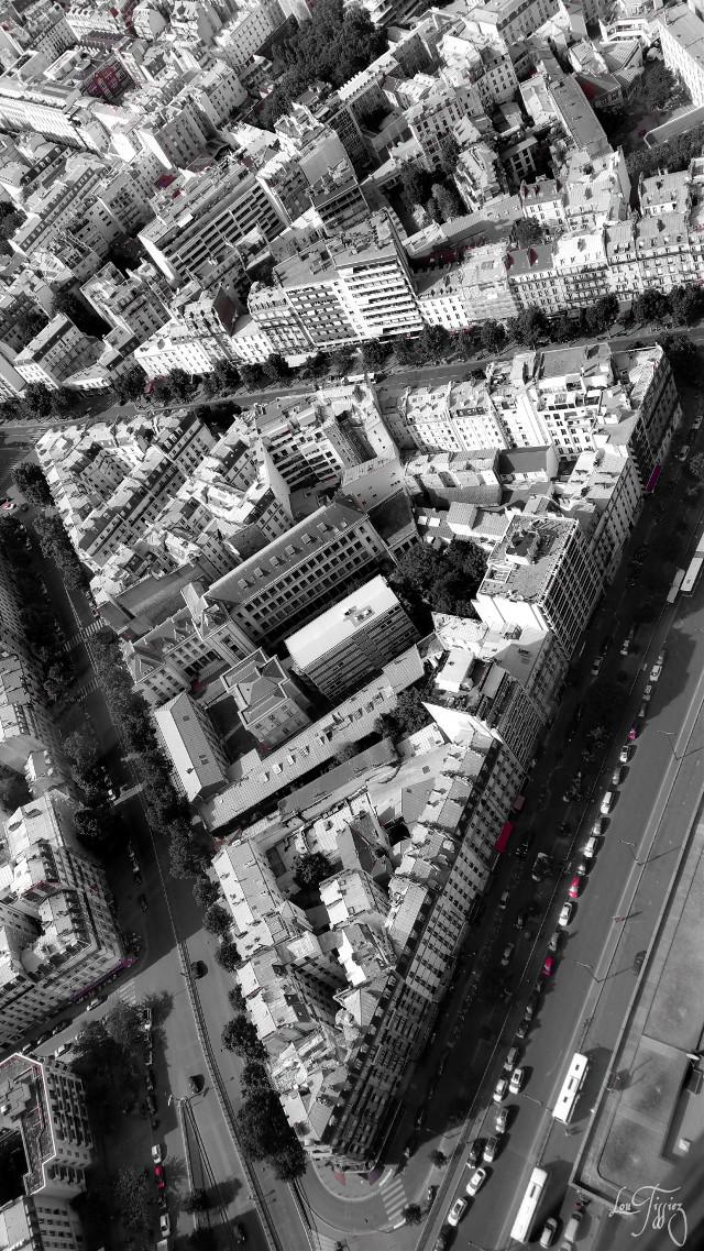 #triangles #blackandwhite #parisbyLou #paris #up #higher #view