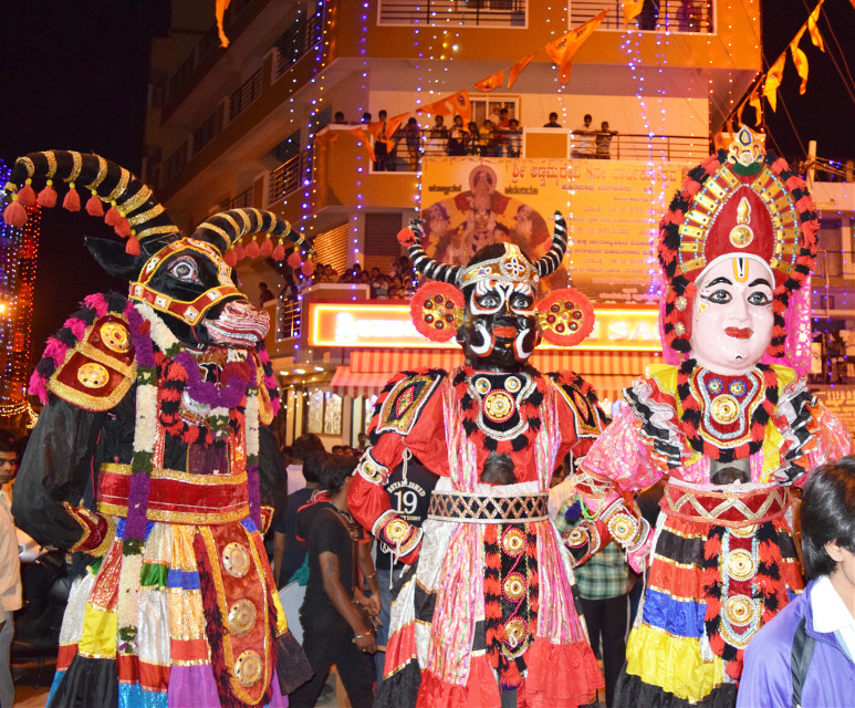 #colorful #colorsplash #emotions #freetoedit #people #photography #God #festival #RedandGreen  #India #Bangalore #mystery