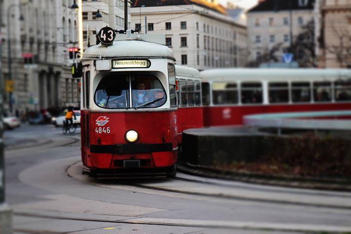#Wien #Austria #Red #Train #travel