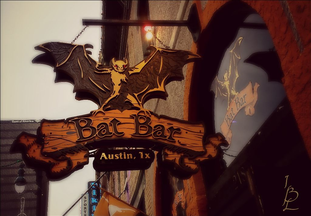 #photography #austin #city #downtown #streets #streetstyle #signs #colorful #travel #6thstreet #bat #myshot  #bars