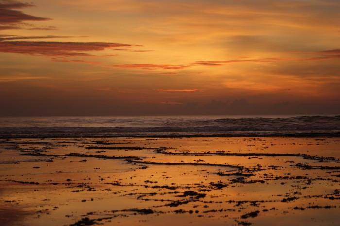 Ujung genteng beach #indonesia#beach #colorful #colorsplash #nature #love @deryryandes