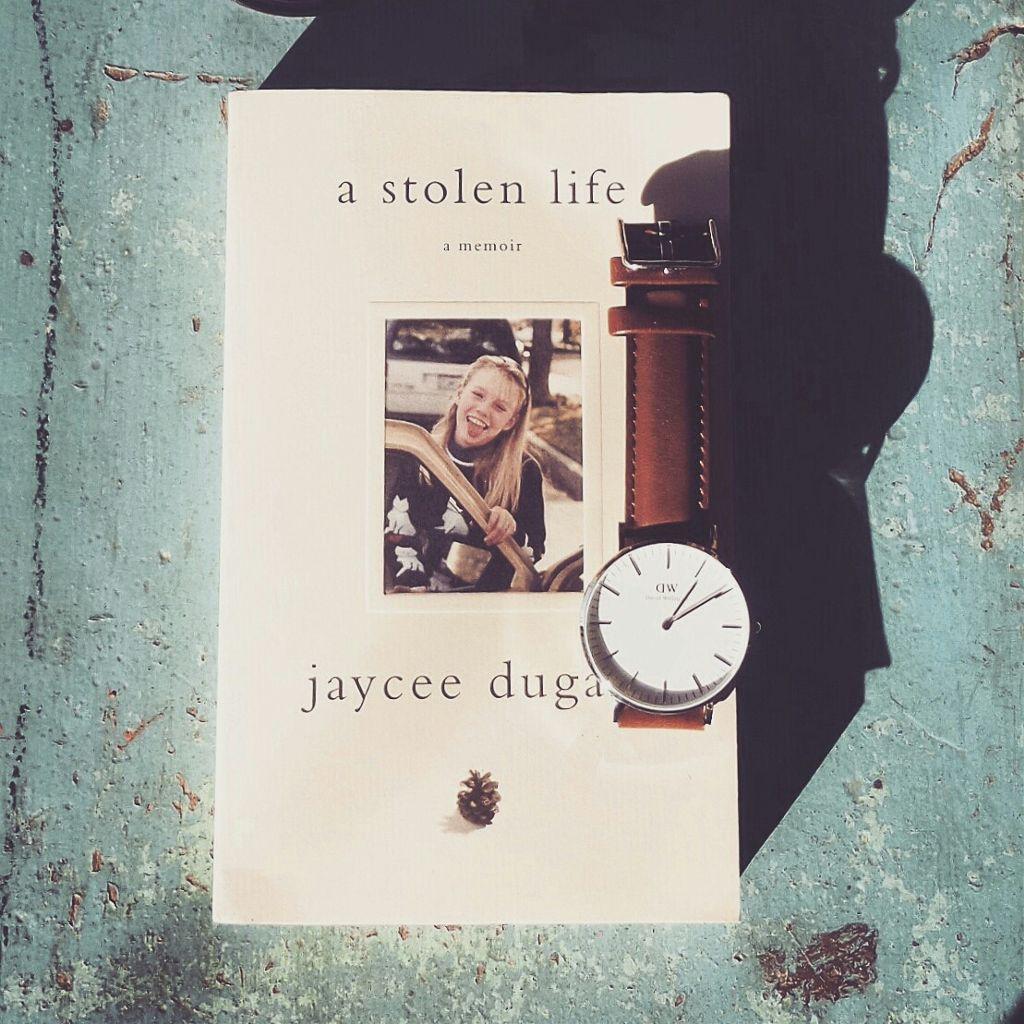 Sunday read and my DW Bristol watch.  #danielwellington #dw #Danielwellington #Sunday #memoirs #truestory #JacyeeleeDuggard