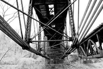 bridge traintrestle blackandwhite