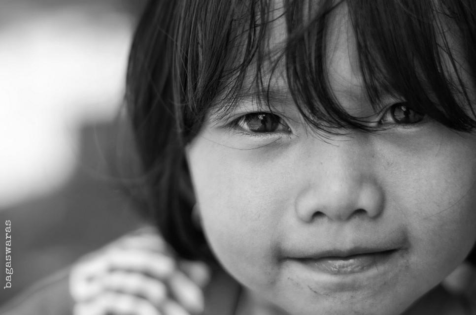 Visiting my little friend. Isn't she lovely?  #portrait #cute #children #blackandwhite #photography