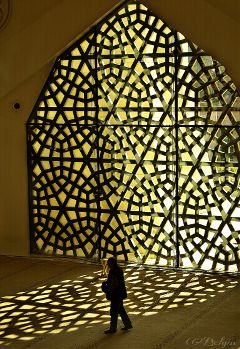 shadow mosque reflection emotions light